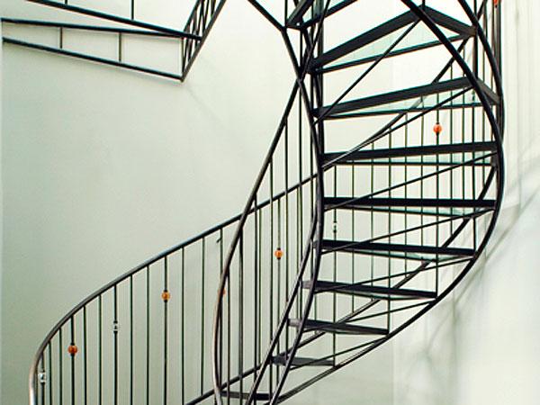 ferronnerie d 39 art escalier triple en acier et verre atelier369. Black Bedroom Furniture Sets. Home Design Ideas